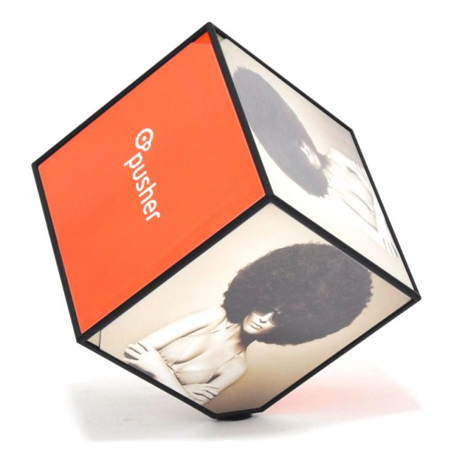 Portafoto multiplo x 6 tavolo rotante cubo cube pusher for Portafoto multiplo da tavolo